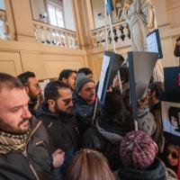 Bologna: cartelli contro la guerra a Scienze politiche