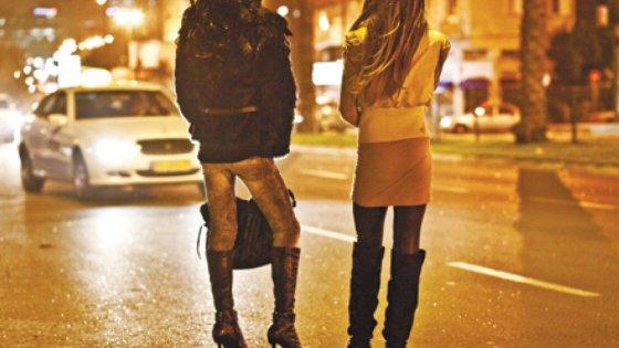 Prostituzione, smantellata gang a Rimini: giro d'affari da 6mila euro al giorno