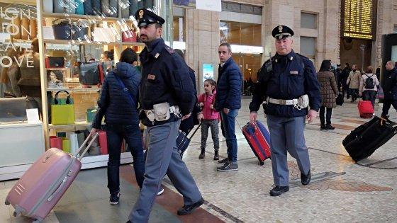 Aeroporto, treni, autostrade: scatta l'allarme sicurezza a Bologna