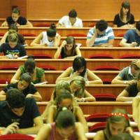 Truffe agli esami, due studentesse punite all'Università di Bologna