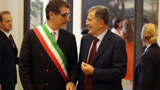 Bologna, Prodi si dimette dalla Fondazione Carisbo dopo la bocciatura del rettore