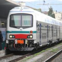 Rimini, ucciso dal treno mentre cerca di salvare il suo cane