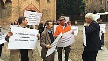 Bonaga e Martelloni   un flash mob / foto   per la partecipazione