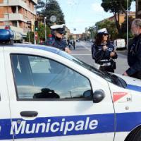 Forlì, sorpresi due baby-writer: sono i figli del sindaco