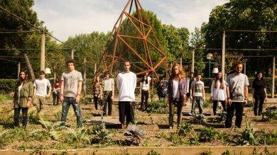 Alle Serre dei giardini Margherita nasce l'orto di comunità. E parte la raccolta fondi