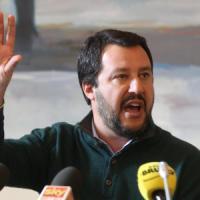 """Bologna vieta una piazza """"calda"""" a Salvini. L'ira del leader: """"Vergogna"""""""