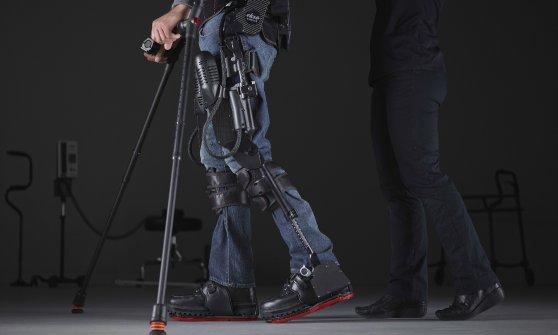 """La sfida di Manuela: """"Con le mie gambe bioniche camminerò 15 chilometri"""""""