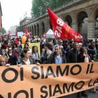 """""""Il bonus scuola lo restituiremo"""": la rivolta dei prof a Bologna"""