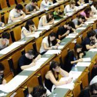 Università di Bologna, la rivoluzione rosa parte dal linguaggio