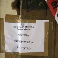 Uccisa e nascosta nel frigorifero, la Procura di Modena: