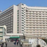 Bologna, operaio di 28 anni rischia di finire sepolto vivo