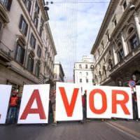 Jobs Act, dall'Emilia-Romagna 213mila firme per cambiarlo
