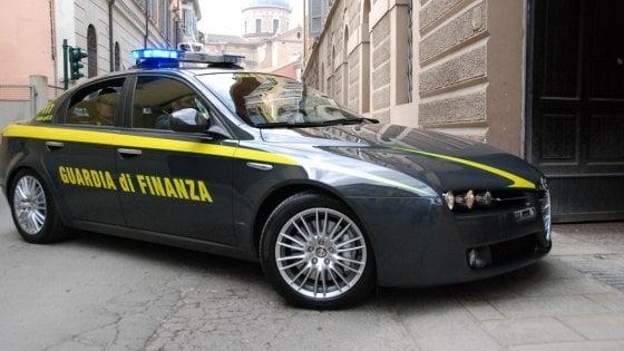 Bufera alla Cassa di Risparmio di Cesena: 17 indagati, nel mirino gli ex vertici