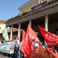 Bologna, la protesta dei dipendenti Alstom contro i trasferimenti