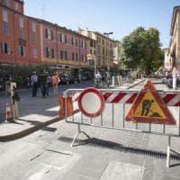 Bologna, street art per abbellire il mercato di piazza Aldrovandi