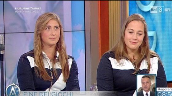 """Titolo offensivo, pace fatta tra il giornalista e le ragazze definite """"cicciottelle"""""""