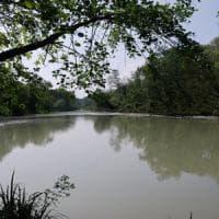 Reggio Emilia, salva uomo nel fiume: riceve lettera con insulti razzisti