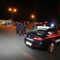 Giovane ucciso con una coltellata a Bologna