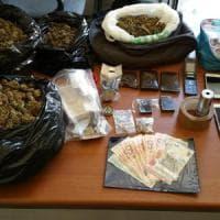 L'auto della mamma come deposito di marijuana: 18enne arrestato a Rimini