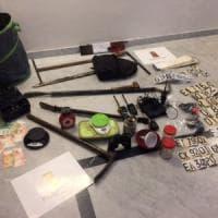 Assalti esplosivi a bancomat, polizia arresta una banda con base a Bologna