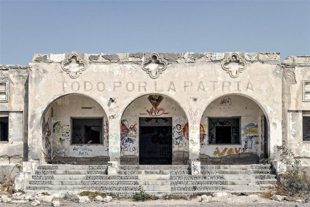 Fotografia a Forlì: fascismi d'Europa, un viaggio attraverso l'architettura perduta