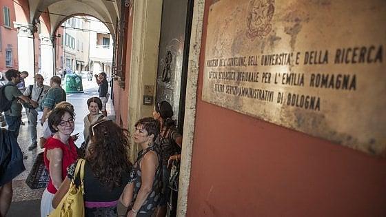 Caos scuola a Bologna, nomine in extremis e straordinari al provveditorato