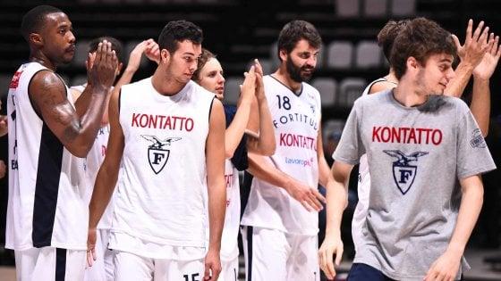 Basket, bentornata Fortitudo: l'Aquila si prende la Supercoppa