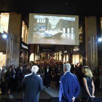 Centinaia di luci illuminano la nuova Galleria Cavour a Bologna 0da3008a9934