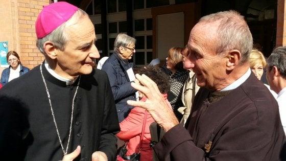 """Bologna, il monito di Zuppi: """"La chiesa supplisce alla politica nel contrasto alla povertà"""""""