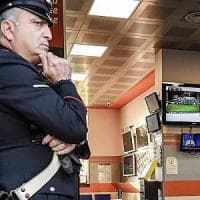 Reggio, imprenditore in crisi rapina sala scommesse