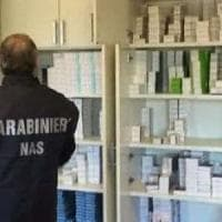 Ferrara, rubava medicinali per rivenderli