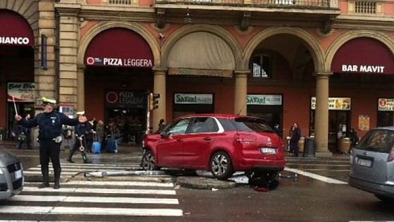 Incidenti stradali a Bologna: calano i feriti, ma ci sono più morti nelle strade