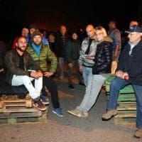 Migranti, barricate a Gorino contro 11 donne e 8 bambini