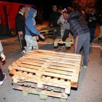 Gorino e Goro, le barricate respingono mamme e bimbi migranti