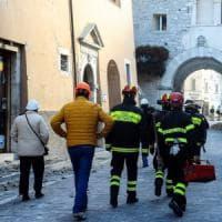 Terremoto, gli aiuti in partenza dall'Emilia Romagna
