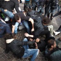 Ateneo di Bologna, nuovi scontri davanti alla mensa