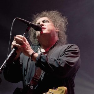 The Cure a Bologna, tre ore di dark show