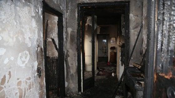 Bologna, incendio in via Murri. Sfollato un palazzo