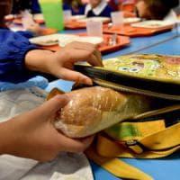 Scuola, Bologna dice sì al panino da casa. Ma l'Ausl avverte: