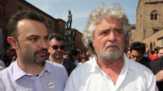 Arriva a Bologna il Treno tour dei Cinque stelle, comizio in piazza dell'Unità