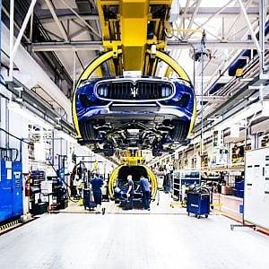 Crisi Maserati, lite tra i sindacati