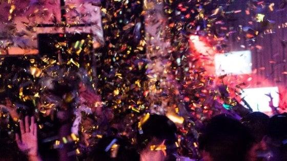 Cinque notti in una: il capodanno nei padiglioni della Fiera a Bologna