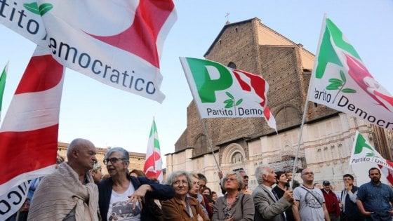 """""""Ripartiamo da Bologna"""": il raduno dei big della sinistra per costruire un altro Pd"""