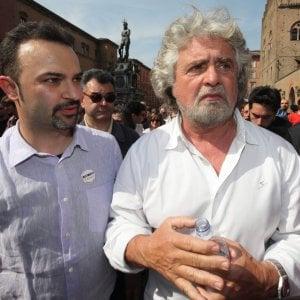 Bologna, Grillo a spasso per il centro