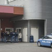 Bologna, agente di polizia penitenziaria si spara al pronto soccorso