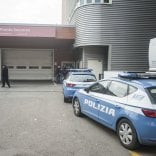 Agente carcerario si spara  al pronto soccorso