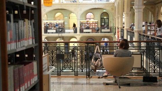 Bologna, Sala Borsa festeggia i primi 15 anni e cambia volto così
