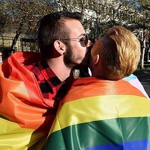 attivo gay annunci sexy bologna