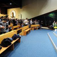 Modena, la movida alternativa dei giovani: il sabato sera in parrocchia