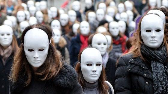 Il bilancio nero dei centri antiviolenza in Emilia Romagna: 11 donne uccise nel 2016
